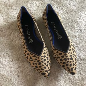 Rothys - pointed toe size 9